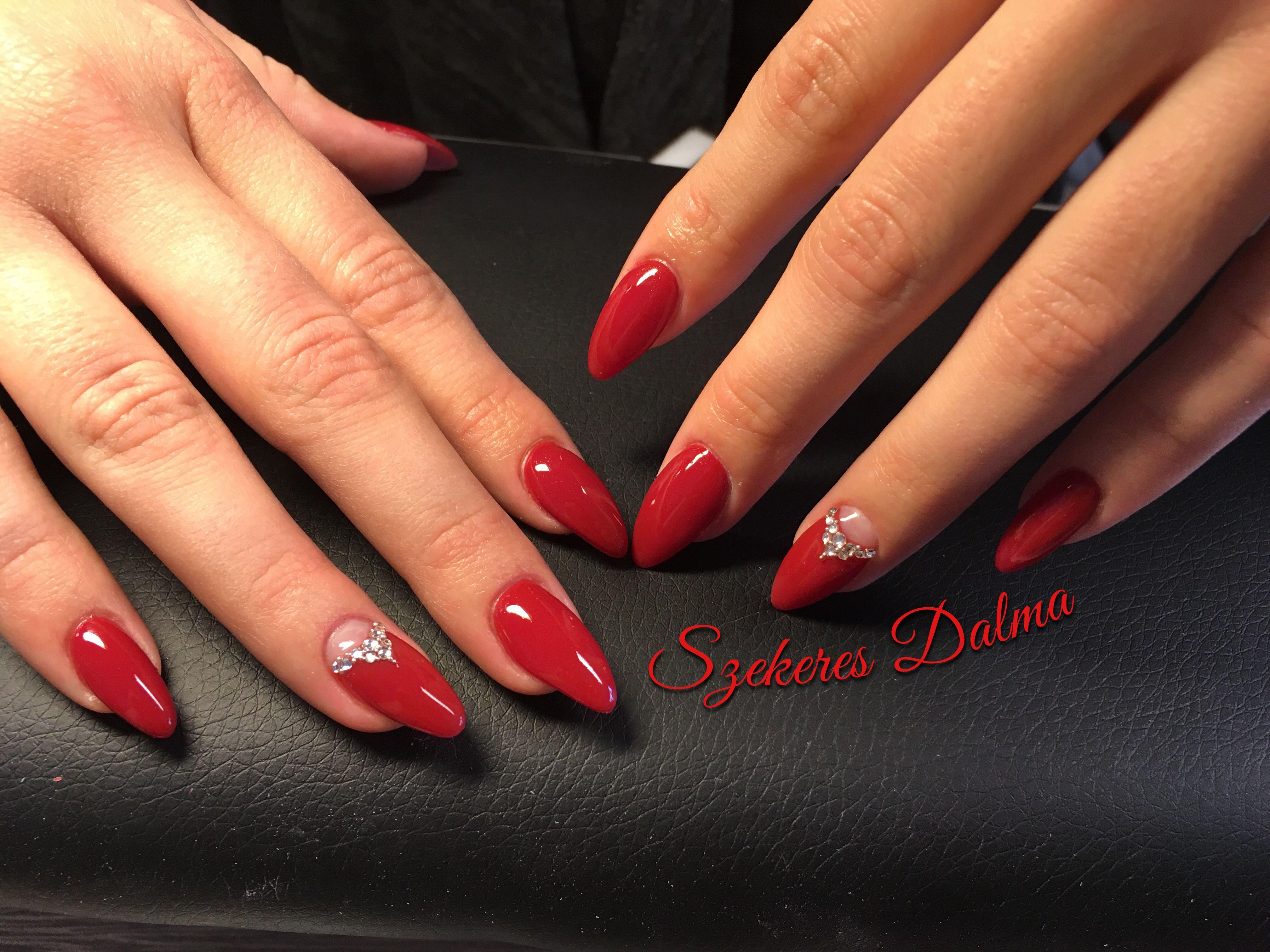 Red nails crystals vörös köröm | Piros körmök | Pinterest
