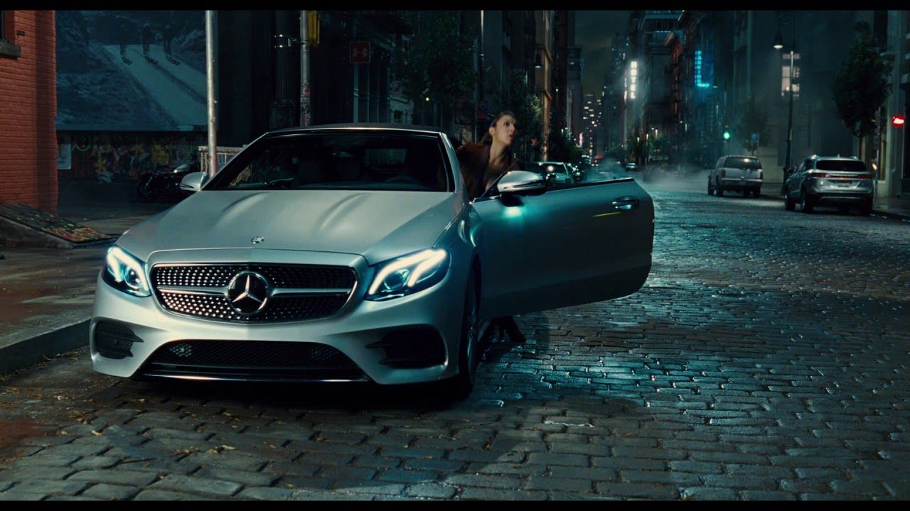 justice league x mercedes benz commercial hard to resist advertising for life benz. Black Bedroom Furniture Sets. Home Design Ideas