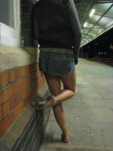 dirty girls street Sexy barefeet in