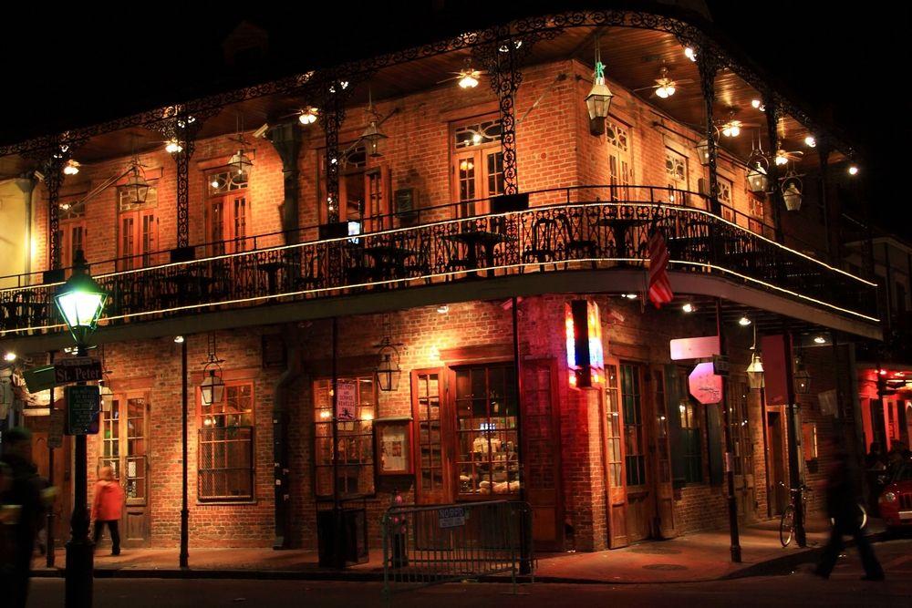 Lafayette Hotel New Orleans La