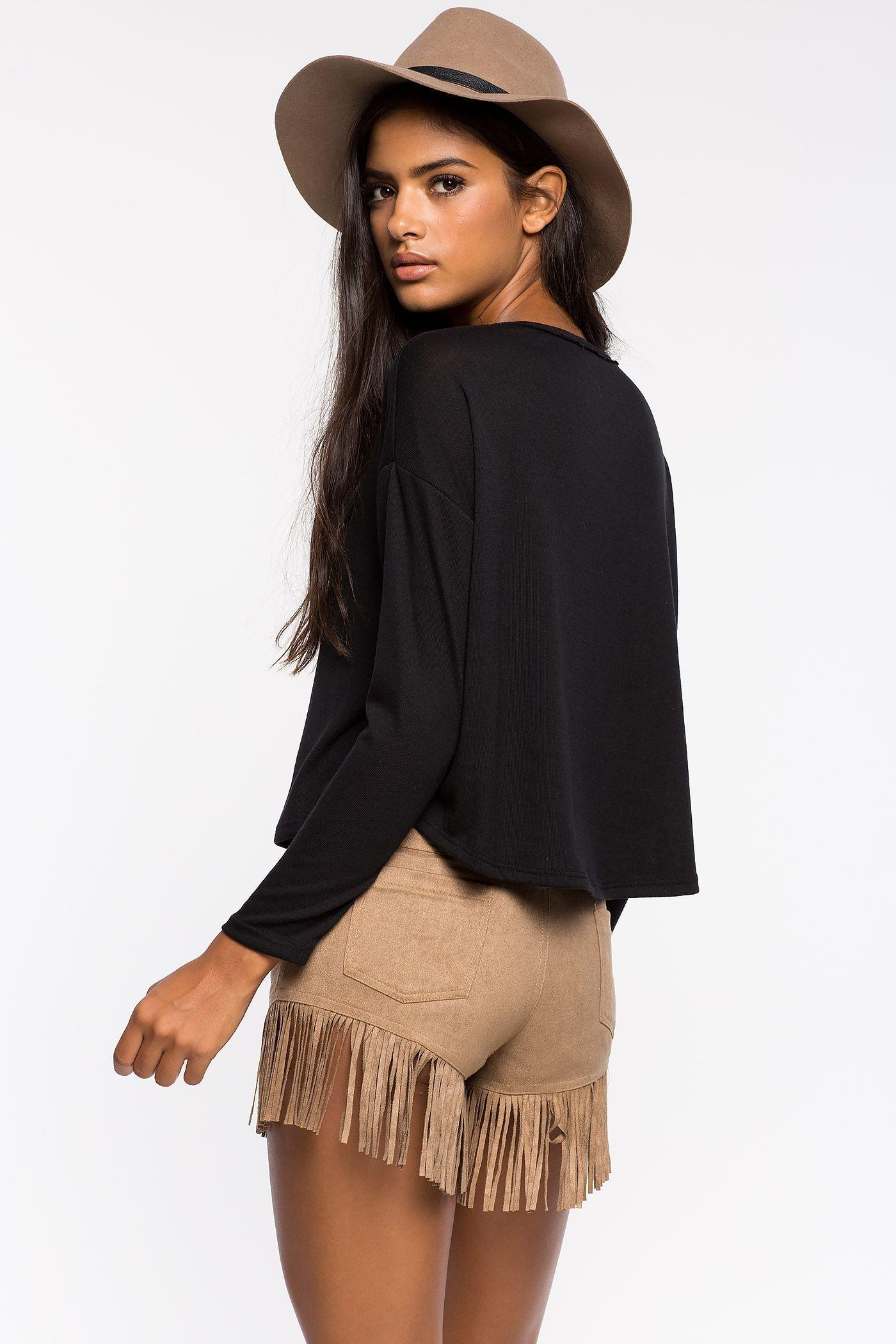 Топ Размеры: S, M, L Цвет: черный Цена: 1013 руб.     #одежда #женщинам #топы #коопт