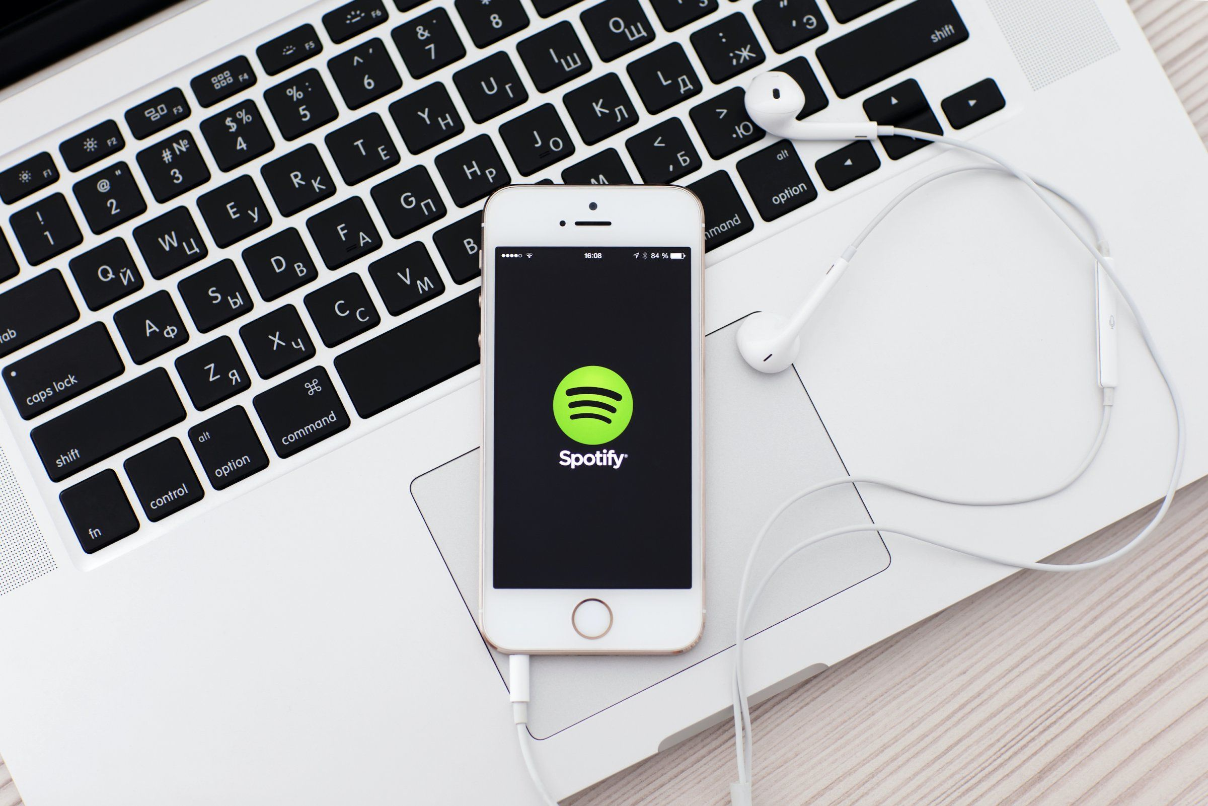 How to download music from Spotify and listen to your