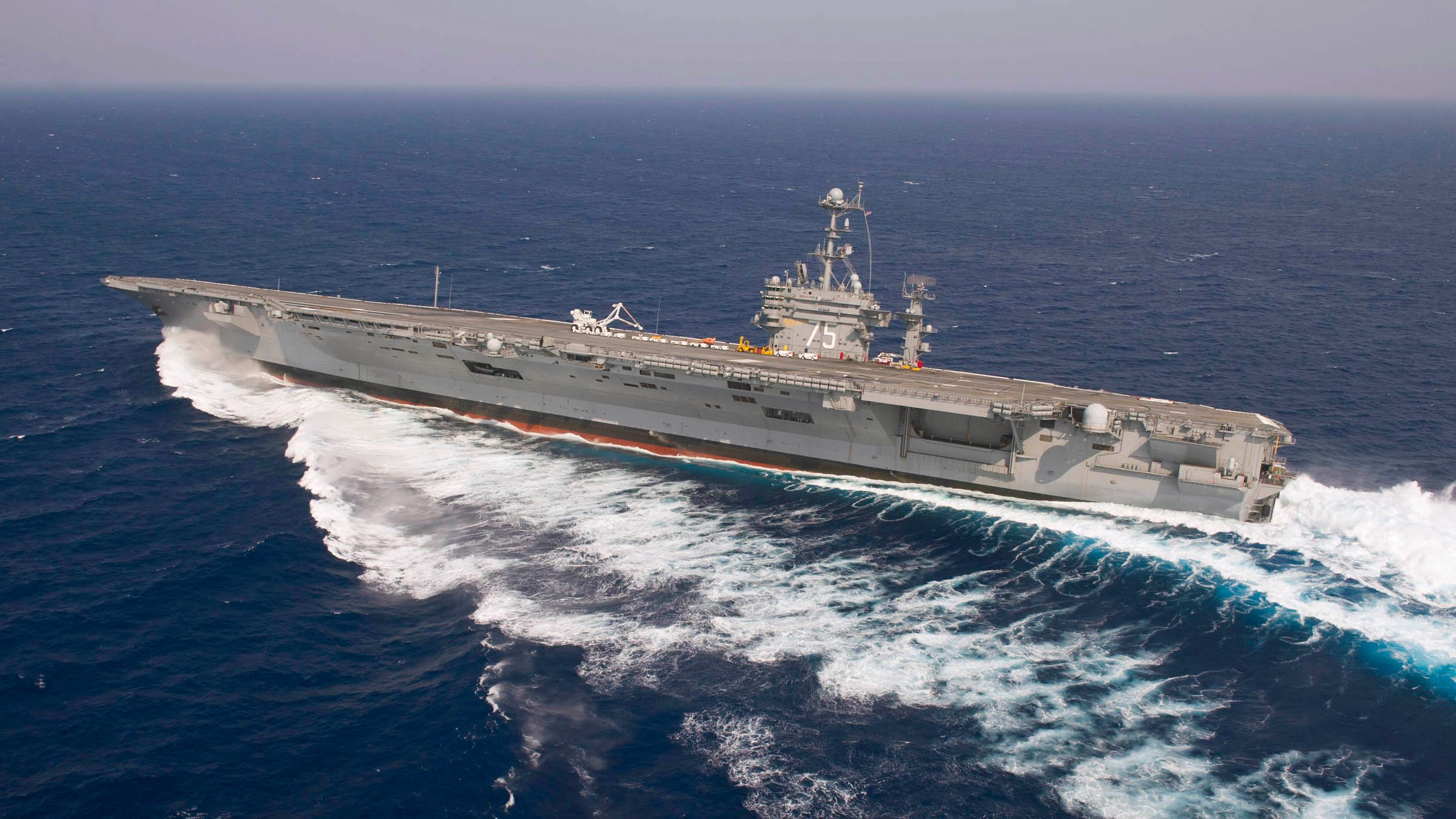 stunning image of us navy nuclear supercarrier skidding like crazy