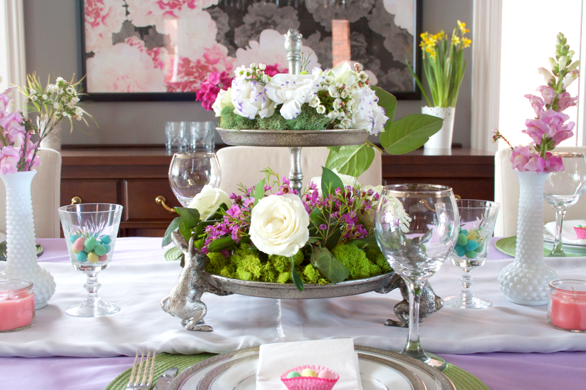 Easter Tablescape Decorating!