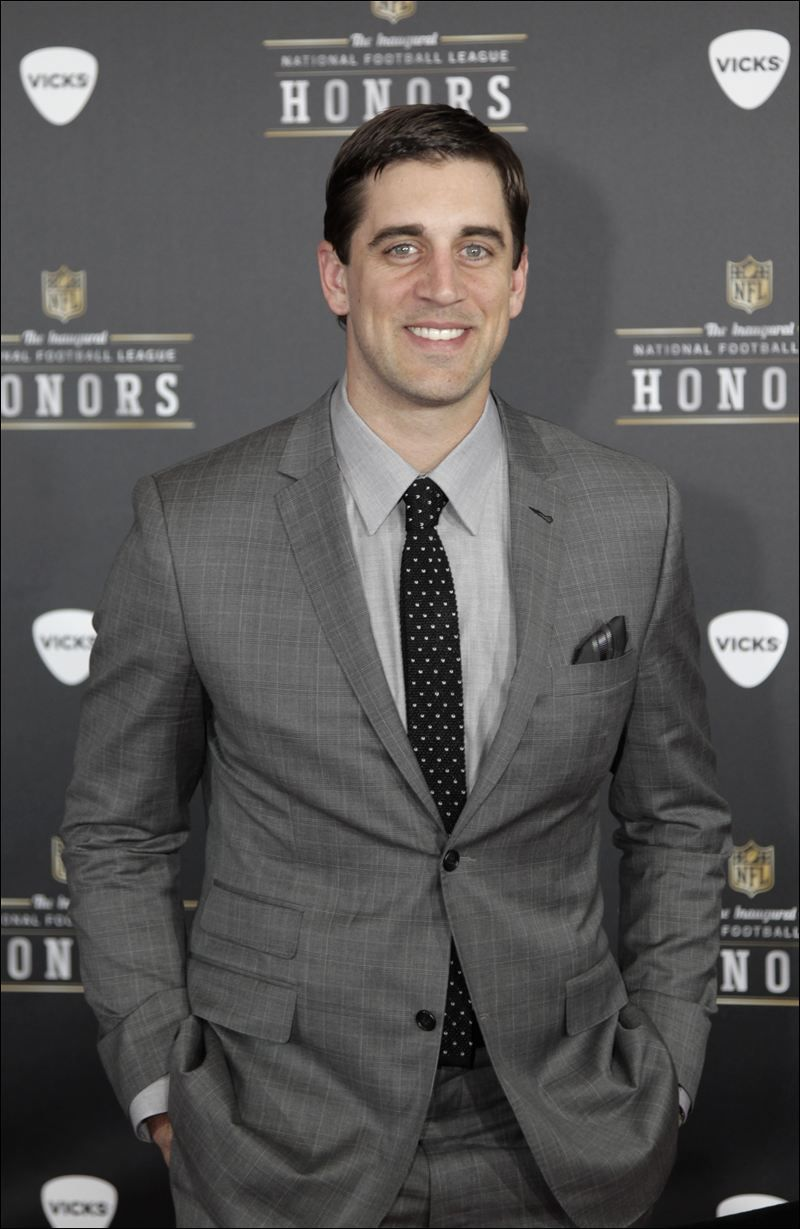 Aaron Rodgers In A Suit Nfl Green Bay Packers Green Bay