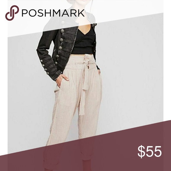 71b79488d7f FREE PEOPLE RUMORS YARN DYE HAREM PANT NEUTRAL FREE PEOPLE RUMORS YARN DYE  HAREM PANT SIZE  8 Cotton Pleated detail Belted waist Front and back  pockets ...