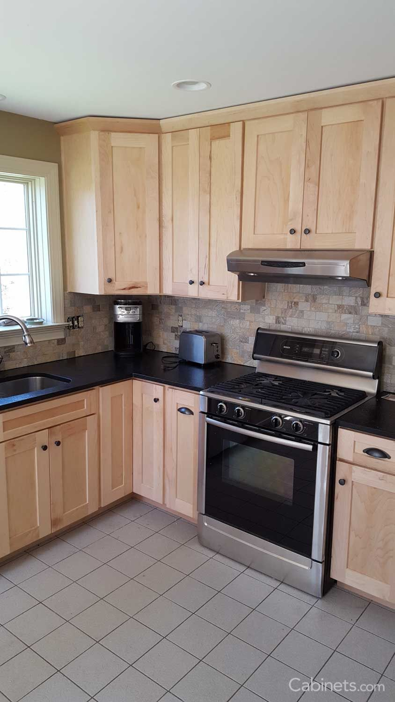 Best Shaker Ii Maple Natural Maple Kitchen Birch Kitchen 400 x 300