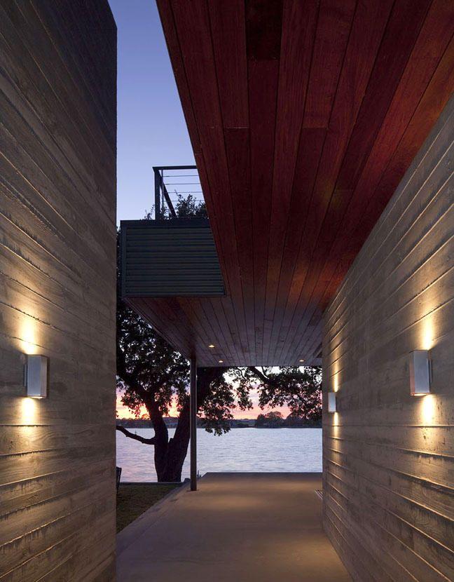 Board Form Concrete Walls And Wood Ceiling Of Same Proportions Pretty Architecture Concrete Architecture Exterior Design