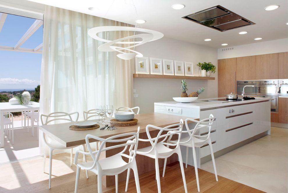 La Mesa Omaha With Contemporary Kitchen And Campanas Extractoras Cortinas Blancas Cuadros Entarimados Focos Islas De Cocina Blancas Home Decor Furniture Decor
