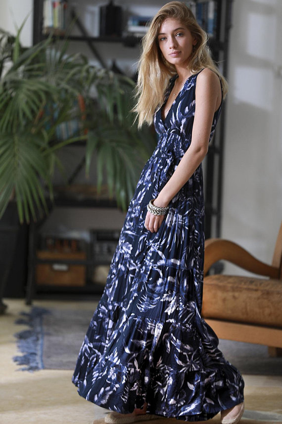 d4f23660329a2 Navy Blue Floral Maxi Dress