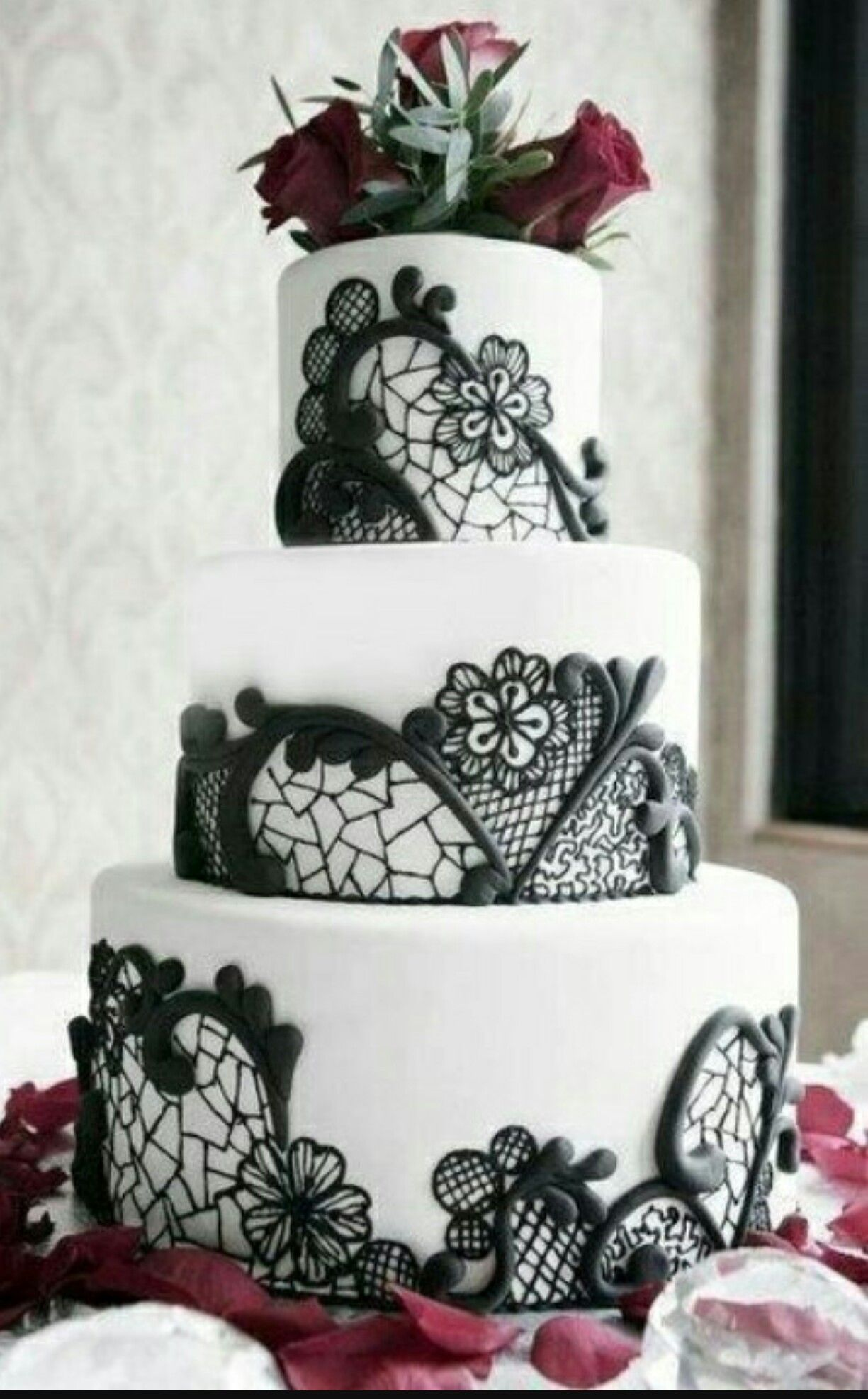 Pin by Leyda V. Febres on Lace Cakes | Pinterest | Lace cakes and Cake