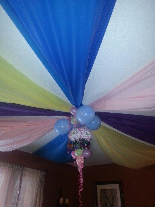 Dollar store tablecloths centerpiece cheap party decor for Billige deko