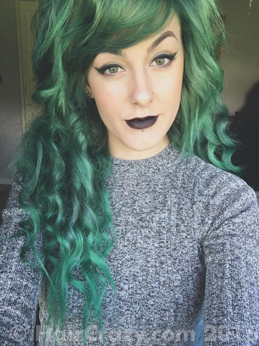 Directions Apple Green Mixed With Pravana Black Hair Dye Emerald