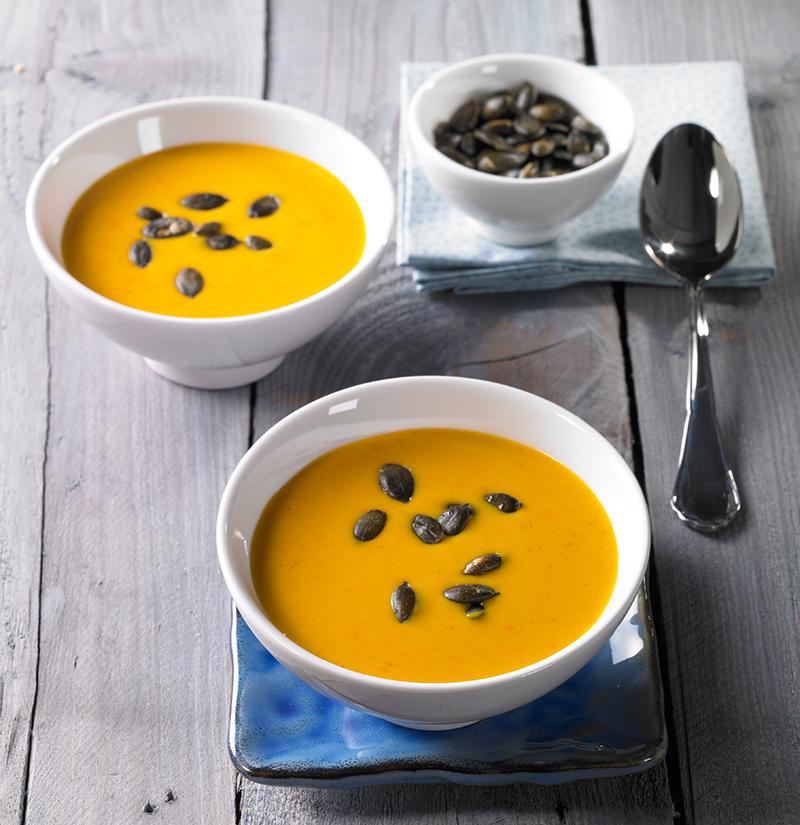 mit Kokosmilch Leckere Suppe vom Kürbis für kalte TageLeckere Suppe vom Kürbis für kalte Tage