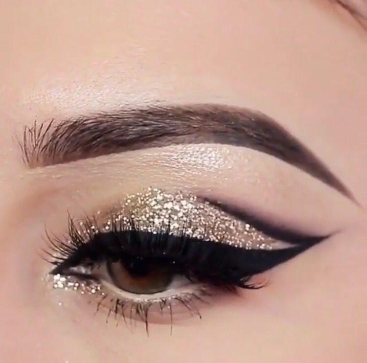 Gold Winged Glitter Eye Makeup Eyes Eye Makeup Glitter Glam