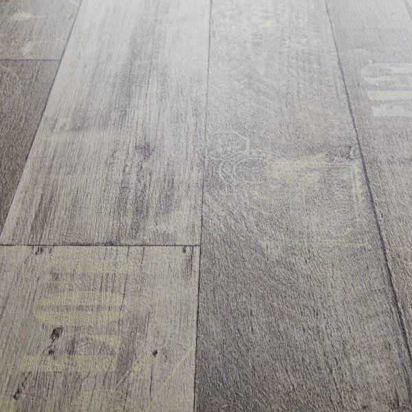 2019 Vinyl Flooring Trends: Rhino Style Black Travel Wood Effect Vinyl Flooring