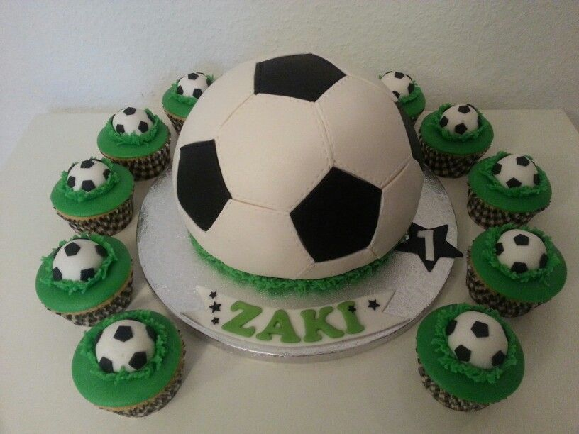 Soccer Ball Icing Decorations Impressive Soccer Ball Cake & Cupcakes  Voetbal Taart  Cakes  Pinterest Review