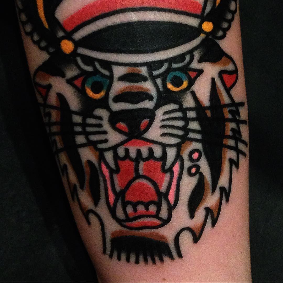 Tatuando em São Paulo no @secretdoortattoo a partir do dia 2/5. Para agendar etamtattoo@gmail.com by tattooetam