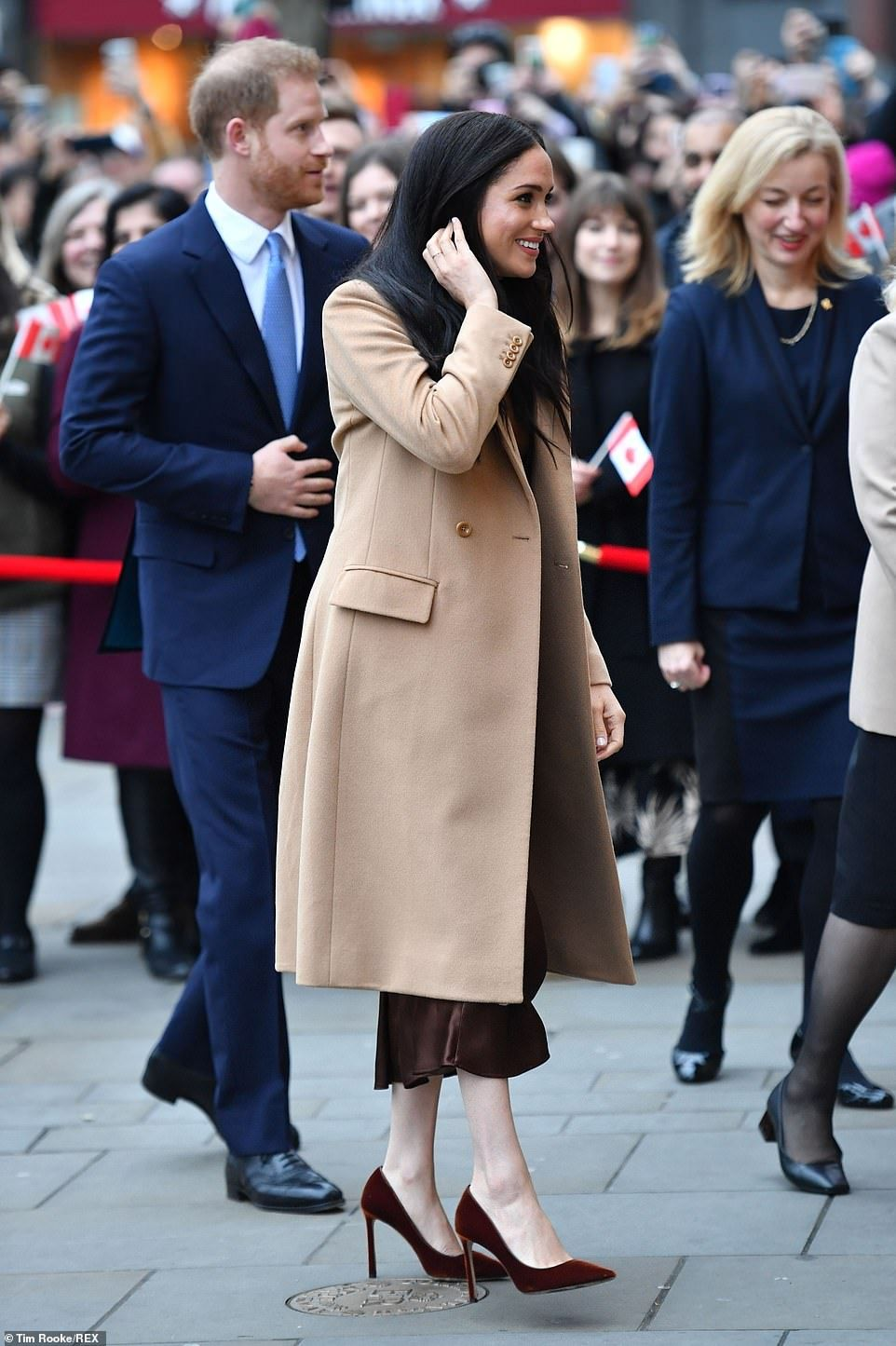 Prince Harry and Meghan return to royal duty at Canada's ...