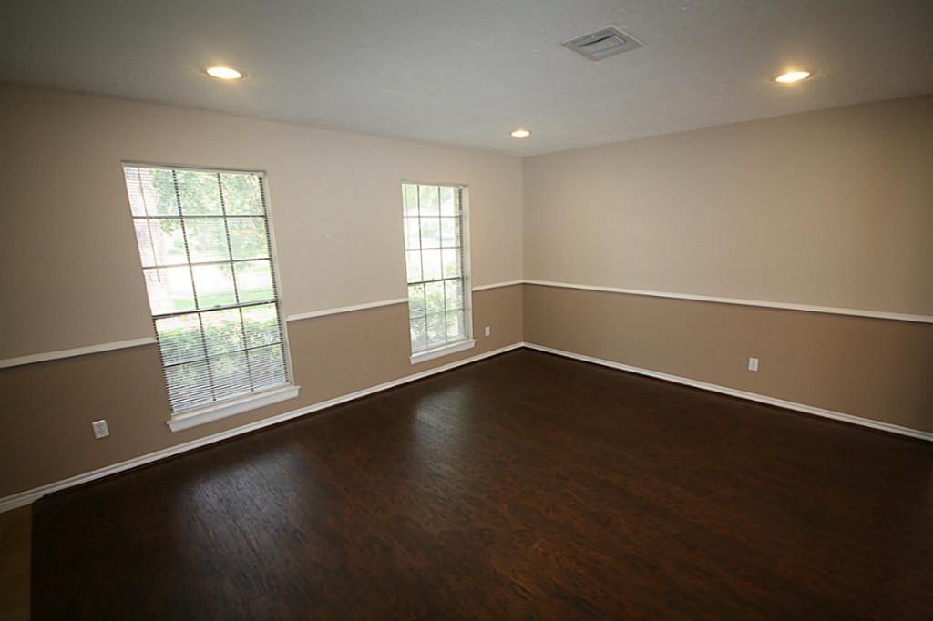 chair rail split color - Google Search | Home Paint ...