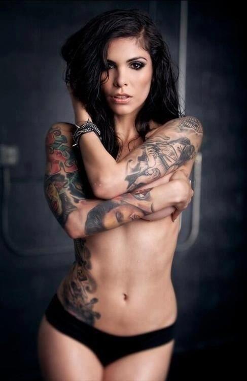 sexy-tattoos-biker-bitchs