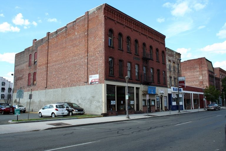 LoopNet - Commercial and Potential Residential, Street Retail, 147 High Street, Holyoke, MA