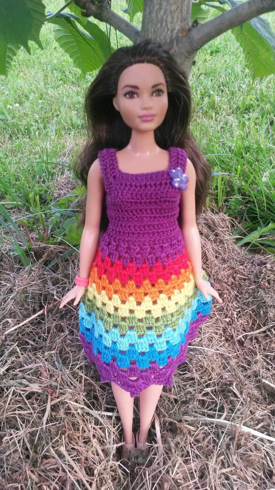 Одежда для кукол крючком и прочие мелочи | Barbie , Yareli Malinalli ...