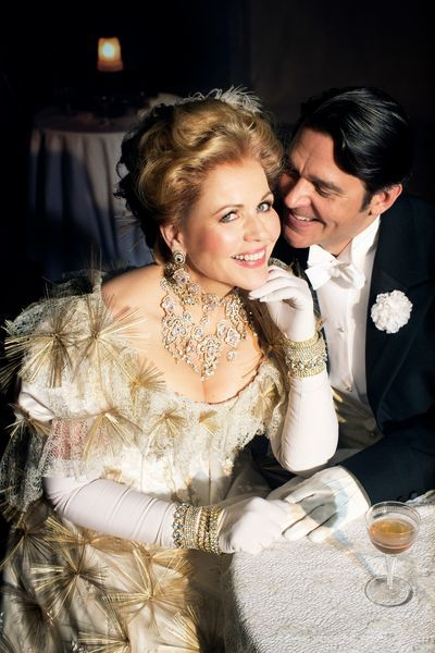 Renée Fleming is Hanna and Nathan Gunn is Danilo in Lehár's The Merry Widow