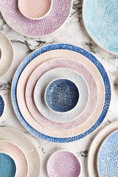 The colors. The textures. Whatever you put on these pastel plates, it's sure to look good.