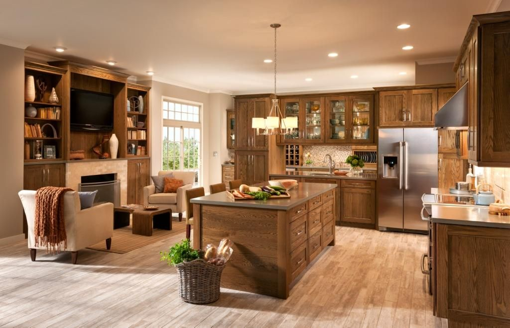 Shenandoah Cabinetry, Oak Tawny kitchen in the Mission door | Oak ...