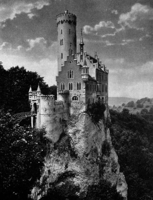 Lichtenstein Castle near Reutlingen in Württemberg Built ...