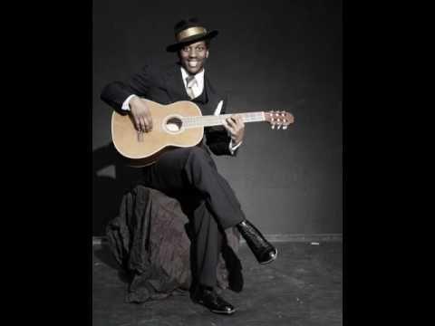 Roots Of Blues Robert Johnson Walking Blues Robert Johnson Blues Music Blues