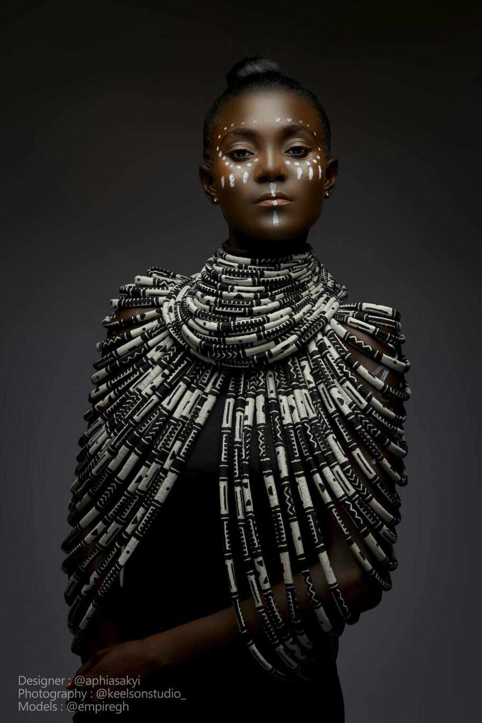 African necklace, African body necklace, African queen, jewelry , Ankara jewellery , gifts , birthday , body accessories , African prints #afrikanischerdruck