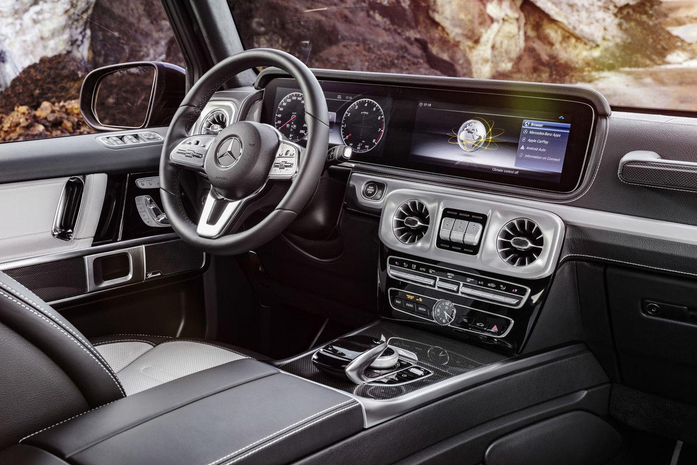 Por Fin Así Es El Mercedes Benz Clase G 2018 Más Todoterreno Que Nunca Pero Tan G Como Siempre Mercedes Benz G Class Mercedes G Wagon Interior Mercedes G Class