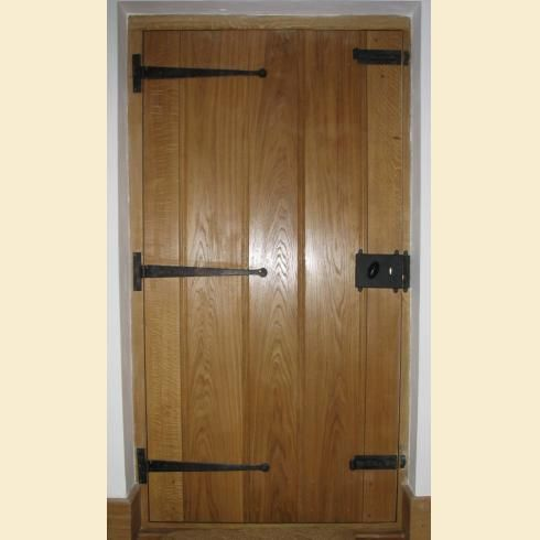 Best of Iron Rim Lock Cast cover shown on a traditional oak door with black iron t hinges For Your Plan - Simple metal door lock Simple