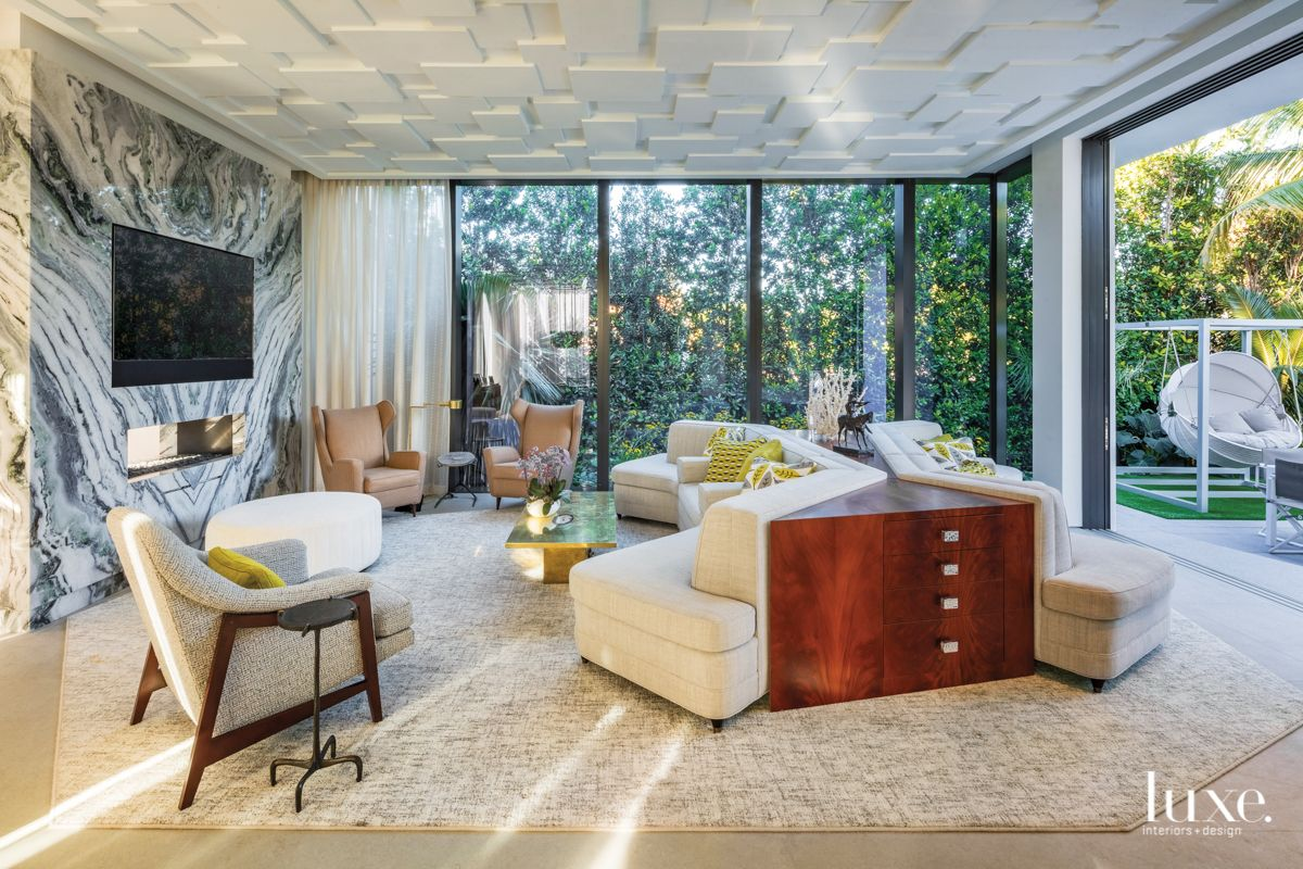 A Design Duo Thinks Outside The Box For A Miami Home Interior Architecture House And Home Magazine Miami Houses