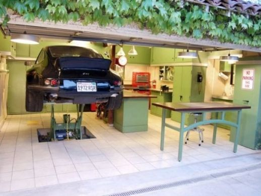 Jacks 12 Gauge Garage Is Made From Cheap Do It Yourself Material