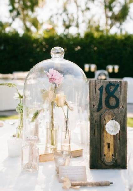 Matrimonio Tema La Bella E La Bestia : Centrotavola a tema la bella e la bestia wedding in
