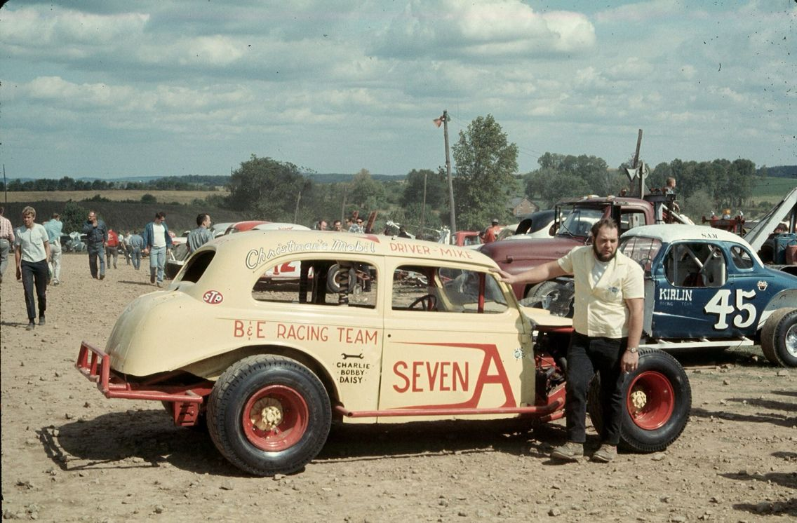 Vintage racing | Old racing pics | Pinterest | Vintage racing ...