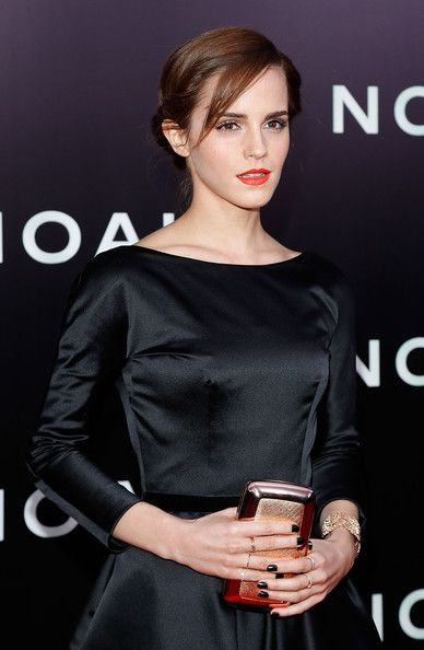 Emma Watson Photos Photos - Actress Emma Watson attends the New York Premiere of 'Noah' at Clearview Ziegfeld Theatre on March 26, 2014 in New York City. - 'Noah' Premieres in NYC — Part 4