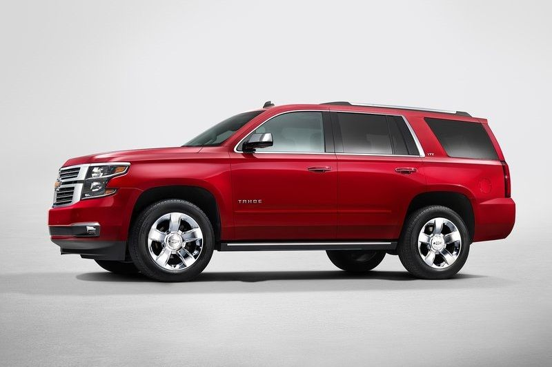 2015 Chevrolet Suburban and Tahoe is big-size Sport Utility Vehicle (SUV) which offer new safety features and advance technology.