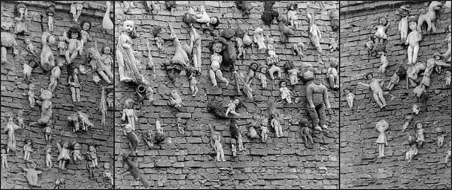 Wall of Dolls in Amsterdam... I saw this in May of 1972 :)