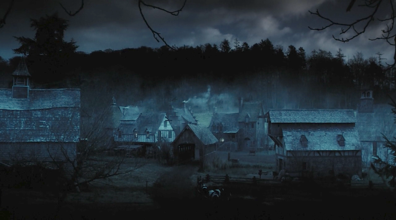 Images Of The Town In Tim Burtons Legend Of Sleepy Hollow