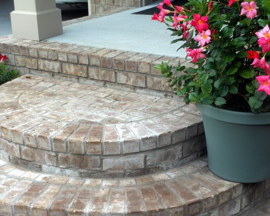 Cool looking brick front porch steps as your exterior for Brick steps design ideas