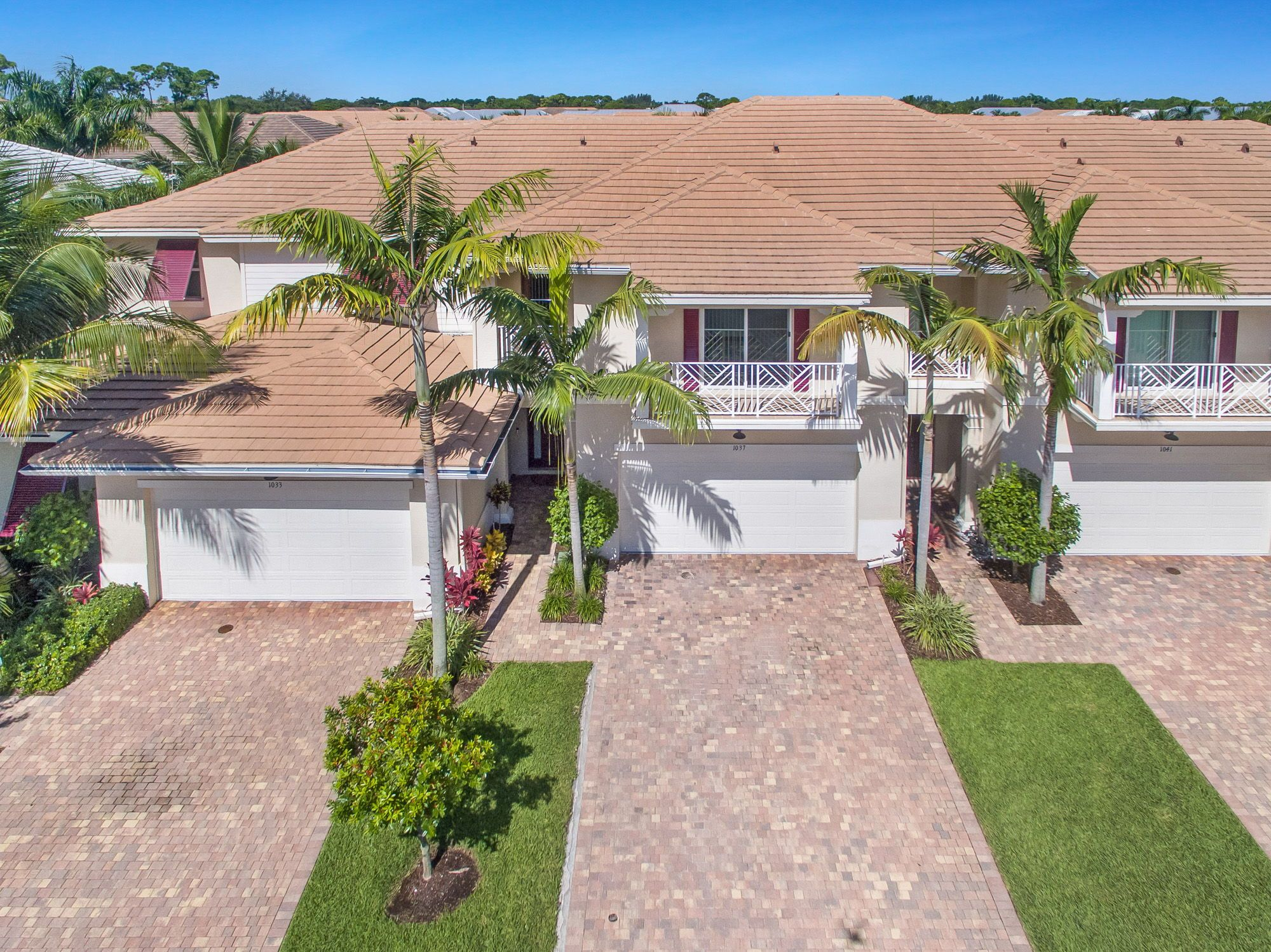 d2bc8294beead1066f56dcab6f99f5e0 - The Hamptons Of Palm Beach Gardens