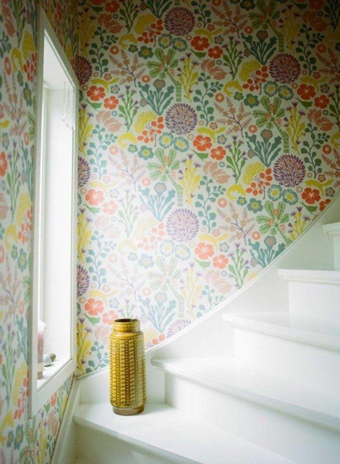 papier peint pour couloir comment faire le bon choix 42 id es en photos maison couloir. Black Bedroom Furniture Sets. Home Design Ideas