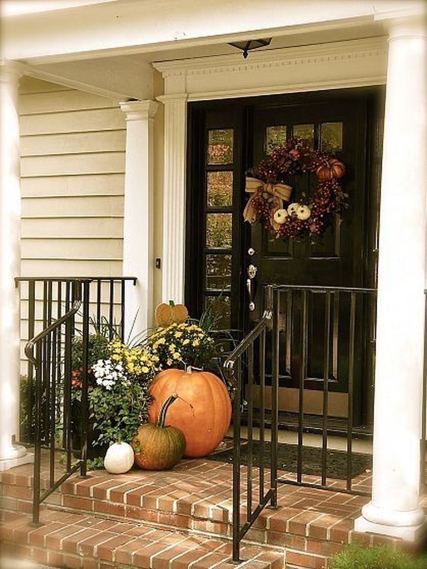 35 Beautiful Fall Decorating Ideas For Small Terrace Decorhit Com Fall Decorations Porch Fall Front Door Fall Porch