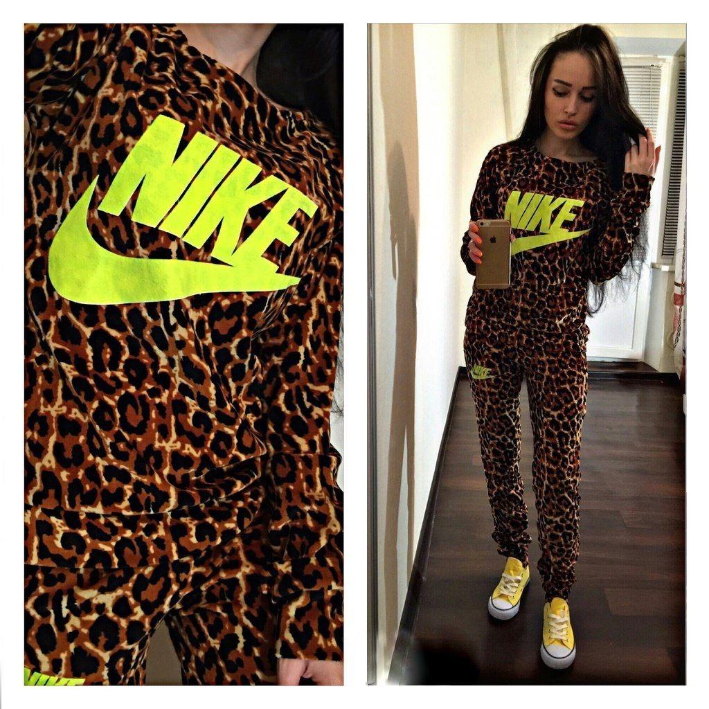 Article  CDF00125  leopard  yellow  tracksuit  sweatsuit Stylish womens  yellow and leopard print sweatsuit 838e88c699