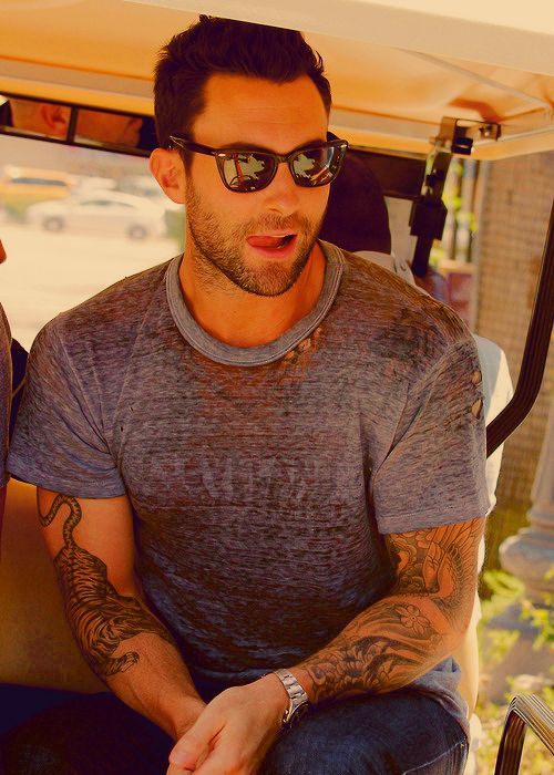 I don't have a board dedicated to wanting to have Adam Levine's babies, but if I did... This would be there.