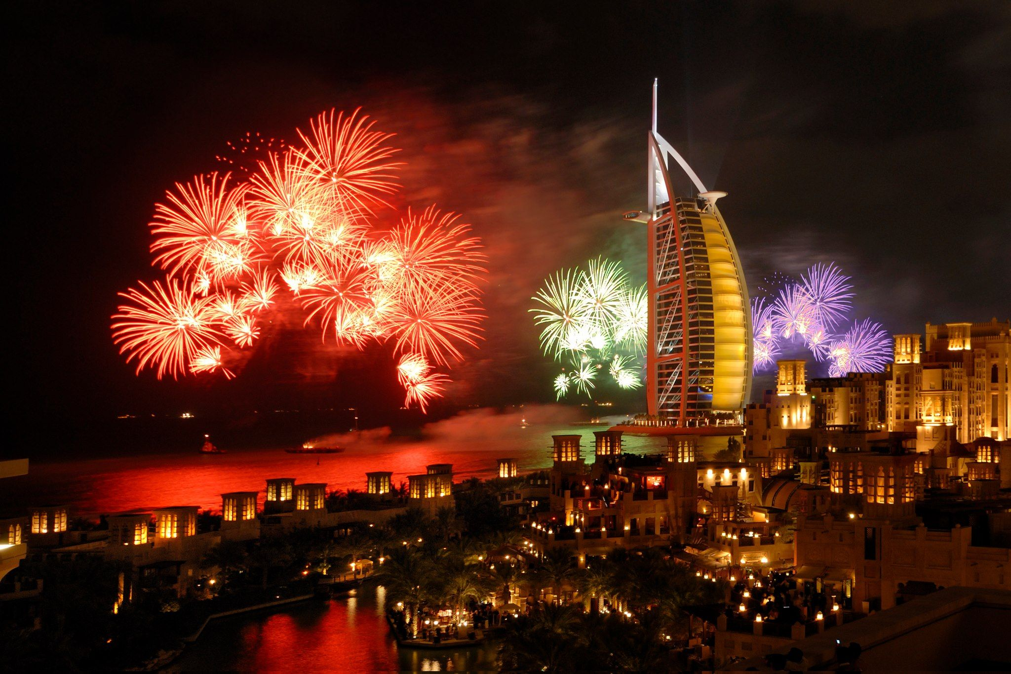 New Year Dubai Fireworks, Dubai, Big fireworks